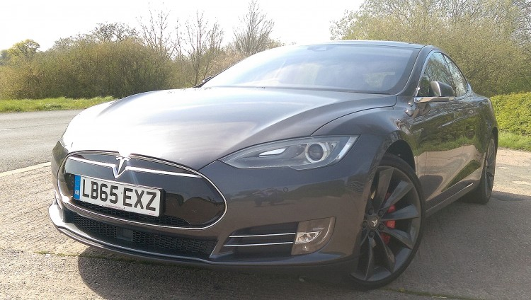 AutoPrive review of Tesla Model S
